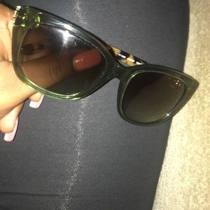 Tortoise Tory Burch sunglasses